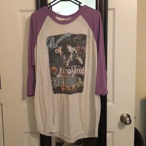 Purple sleeve baseball tee
